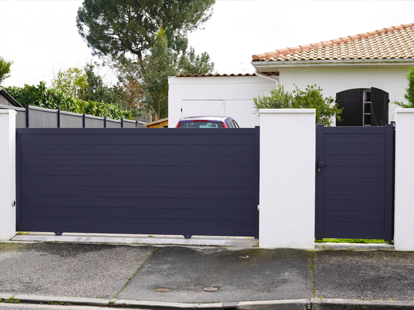 Puertas metálicas de exterior en Getafe